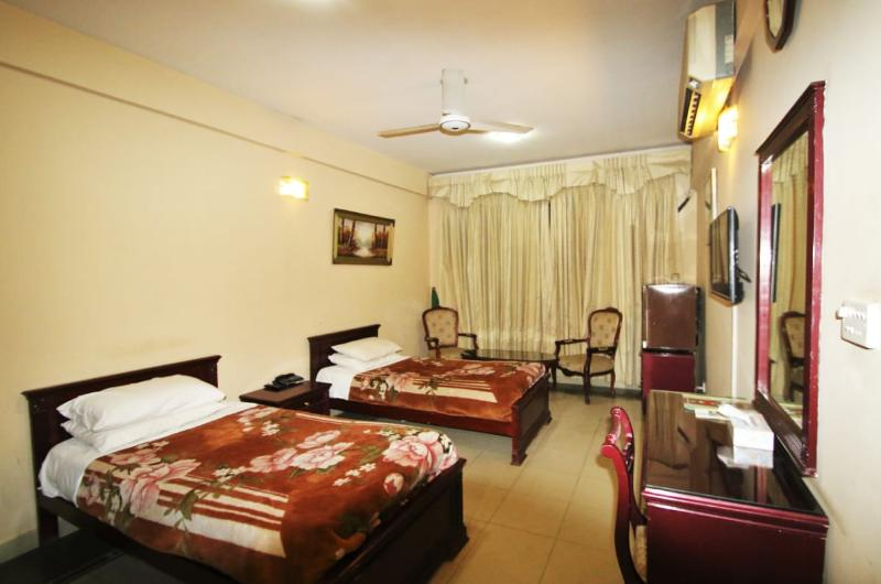 swat-continental-hotel-Standard Twin Bed Room