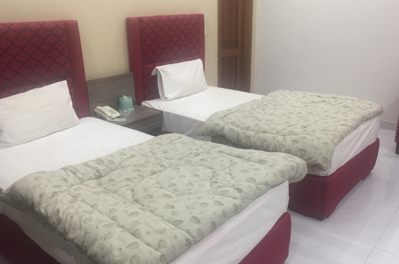 safari-hotel-johar-town Deluxe Double or Twin Room