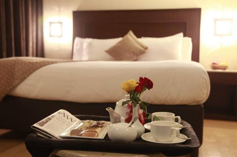 hotel-royal-lahore-Deluxe Single Room