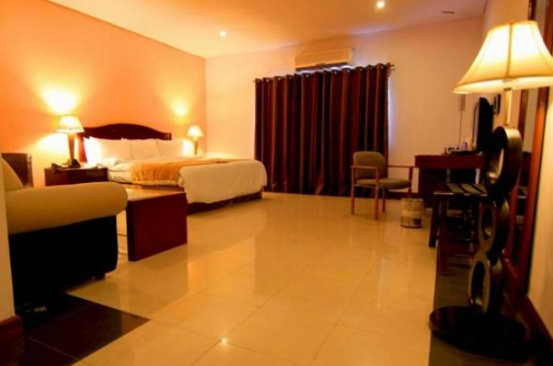 Hotel One Mall Road Lahore