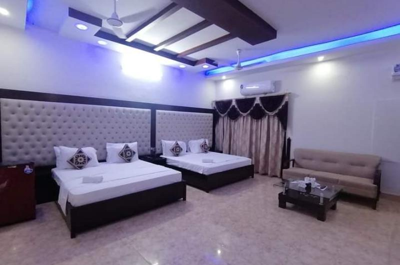 White Fort Guest House Karachi