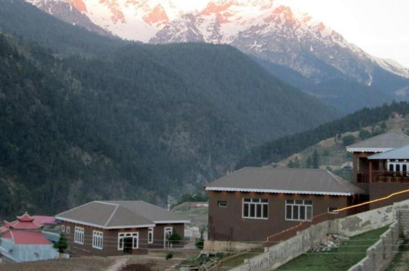 Forest Valley Cottages Kalam