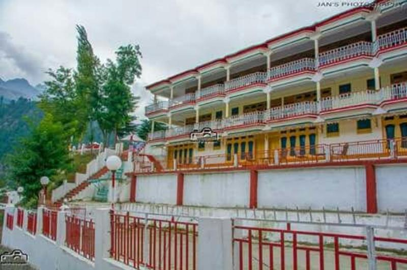 Summer Queen Hotel Kalam