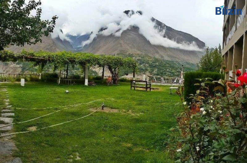 4 days 3 nights islamabad to hunza valley standard honeymoon tour spring package
