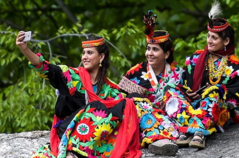 5 Days tour to Chitral And Kalash Valley