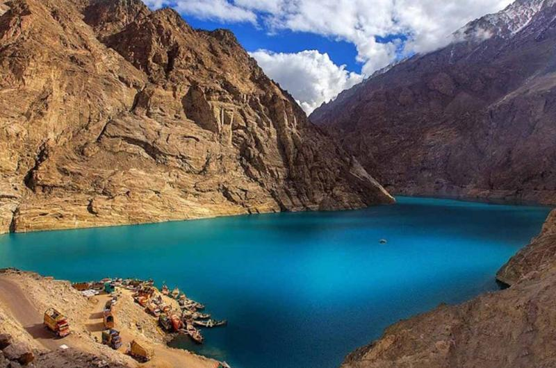 6 Days Luxury Tour to Hunza