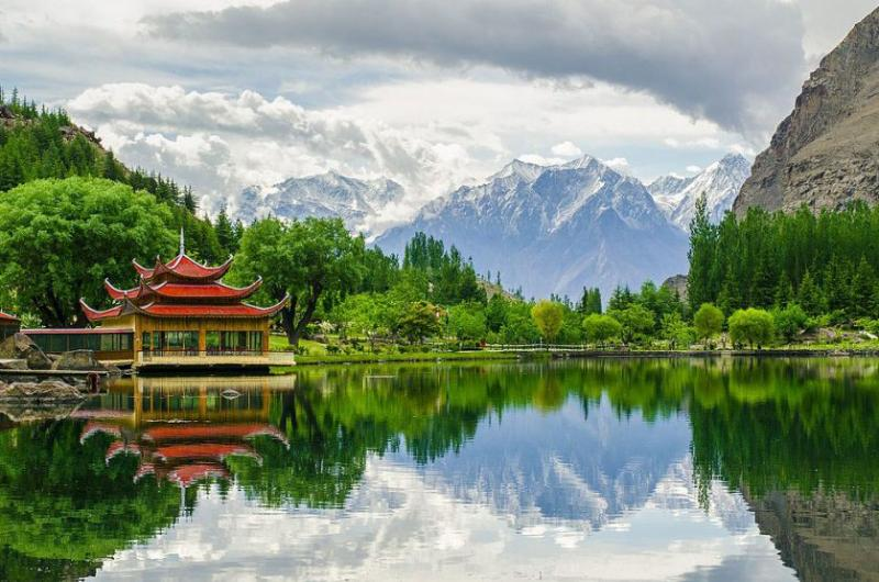 7 Days tour to Skardu and Deosai.