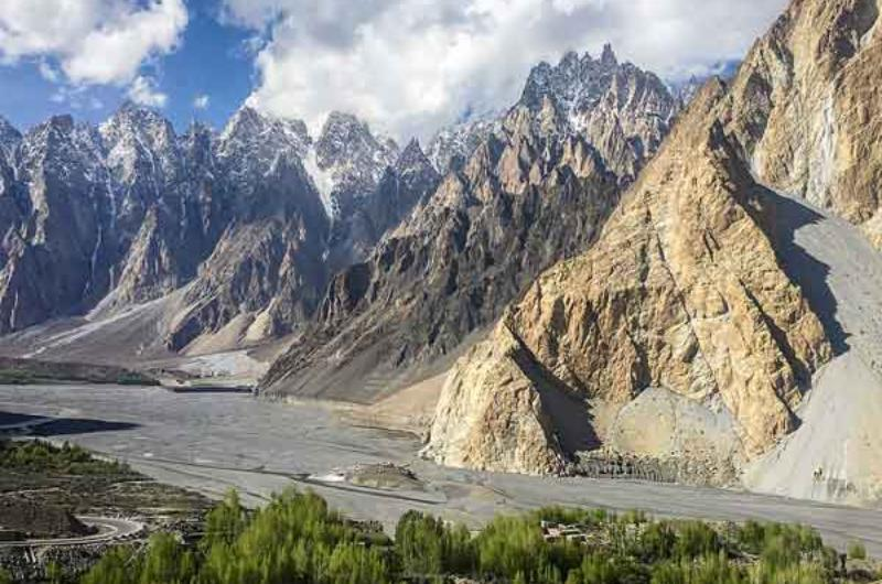 8 Days tour to Hunza And Naltar Valley