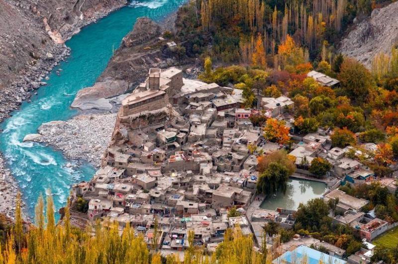 9 Days Tour to Hunza and Skardu.